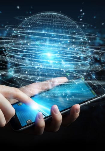 ビッグデータを活用した予測モデルの開発・運用<br> ~期待を超える提案で、通信キャリアのビジネスを支える~