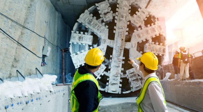 トンネル掘削機の運転予測機構の開発<br>~AI予測で「熟練の技」を超える~